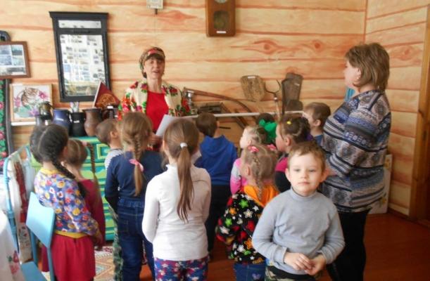 Уклад жизни семьи русской (6+)_3